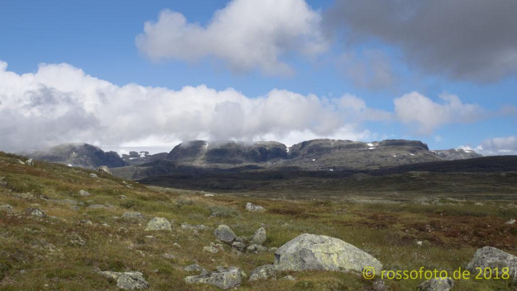 Und immer am südlichen Rand des Hardangerjökulen lang.