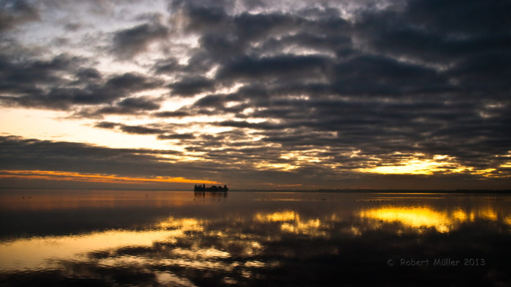 Sonnenaufgang über dem Steinhuder Meer.