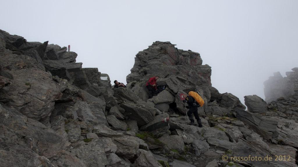 ... Friesenbergscharte. Mit 2910 m der höchste Punkt der Tour.
