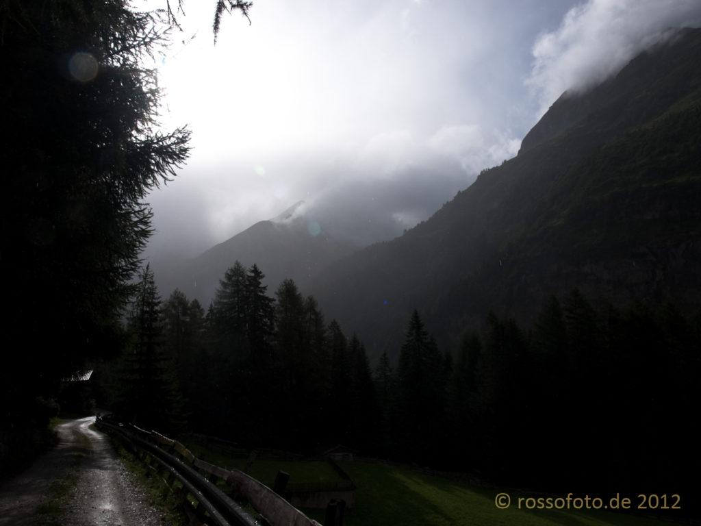 Der Tag beginnt Nebelverhangen, soll aber schön werden.