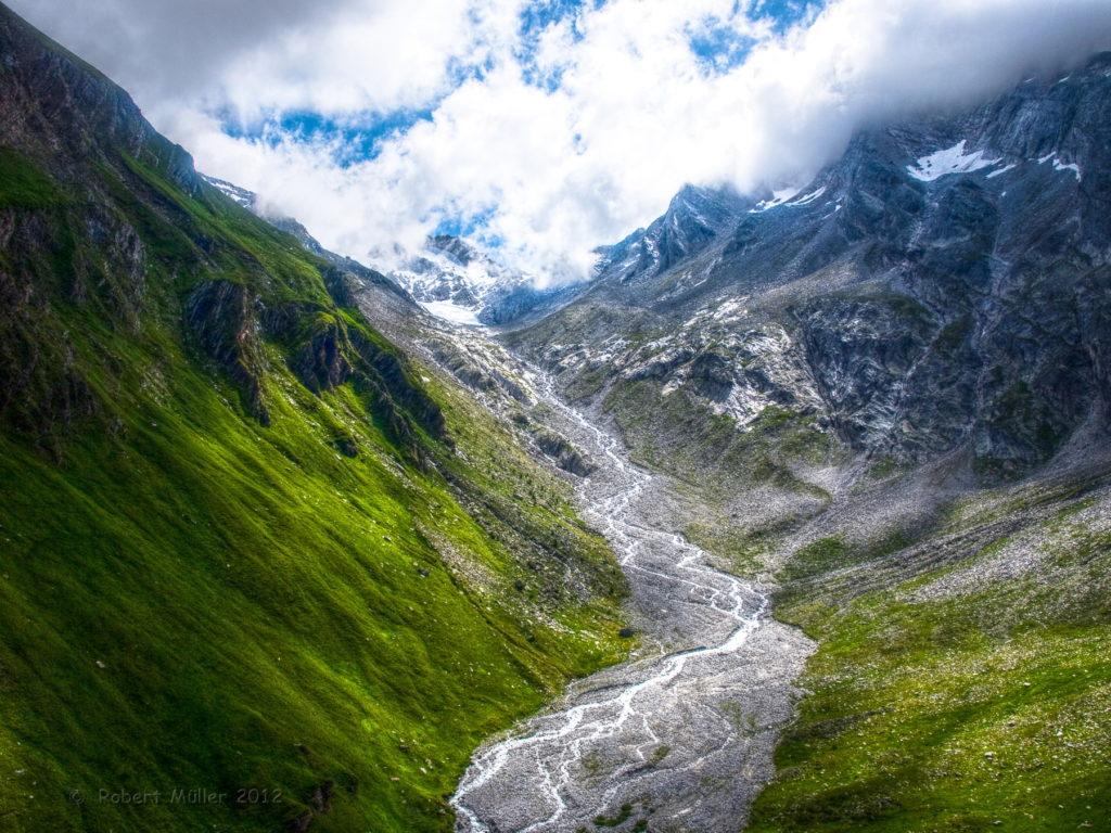 Hochtal in den Alpen